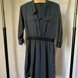 Banana Republic elastic waist dress with pockets!